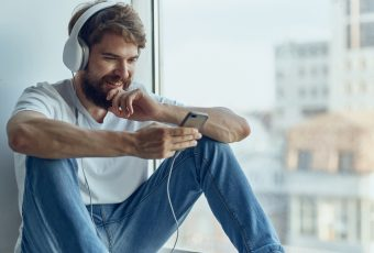 Music And Mental Health: The Psychological Benefits of Listening To Music