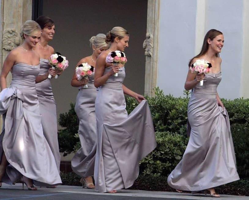 Jennifer Garner As Her Assistant's Bridesmaid