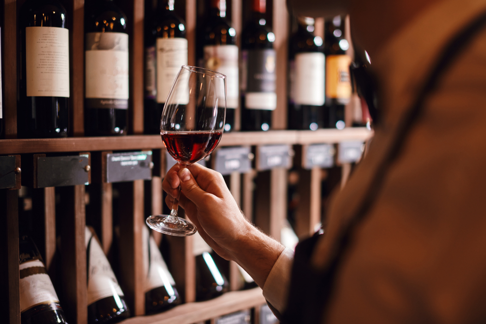 Reasons You Should Start Drinking Red Wine